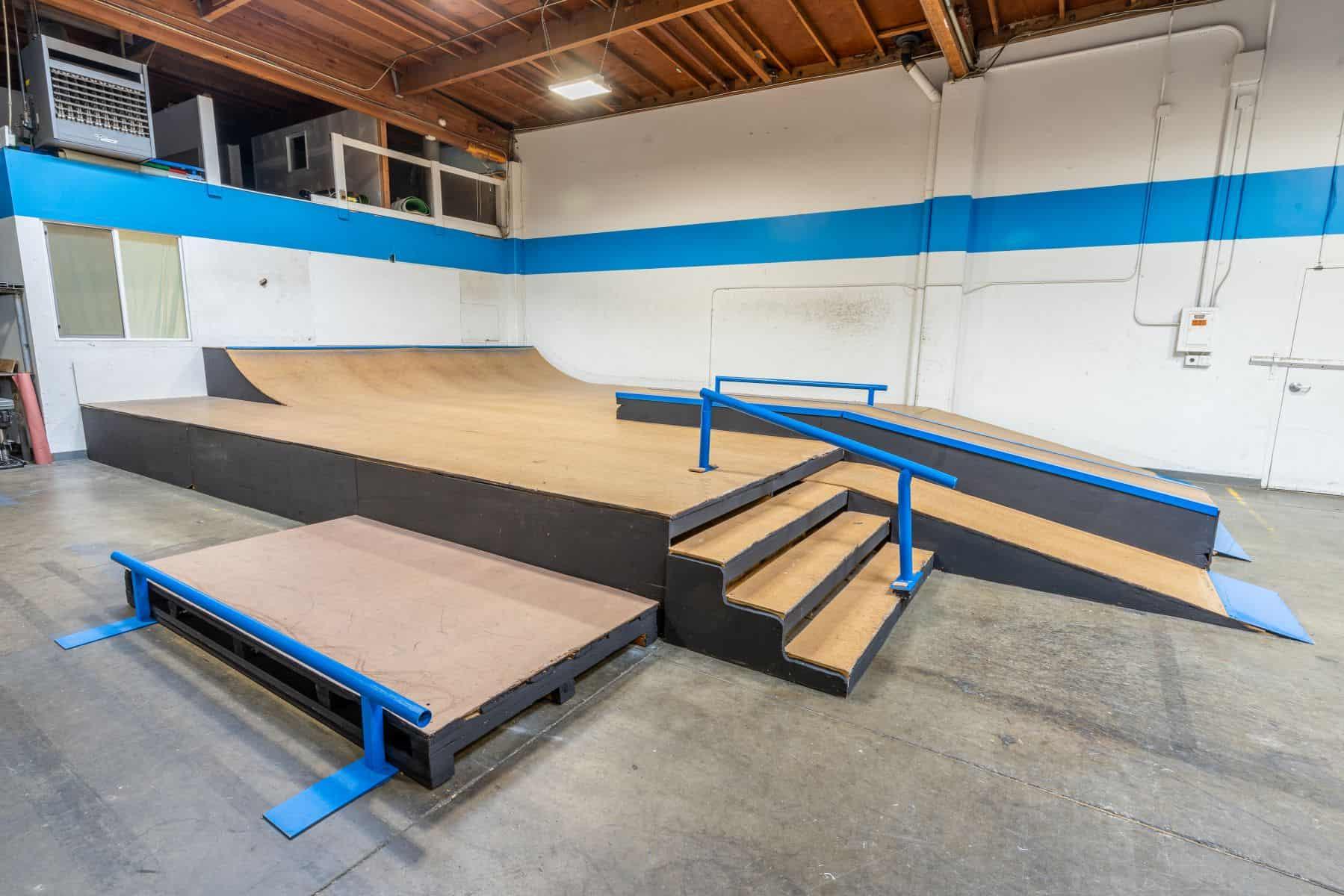 Rob Skate - San Leandro Private Skatepark 11