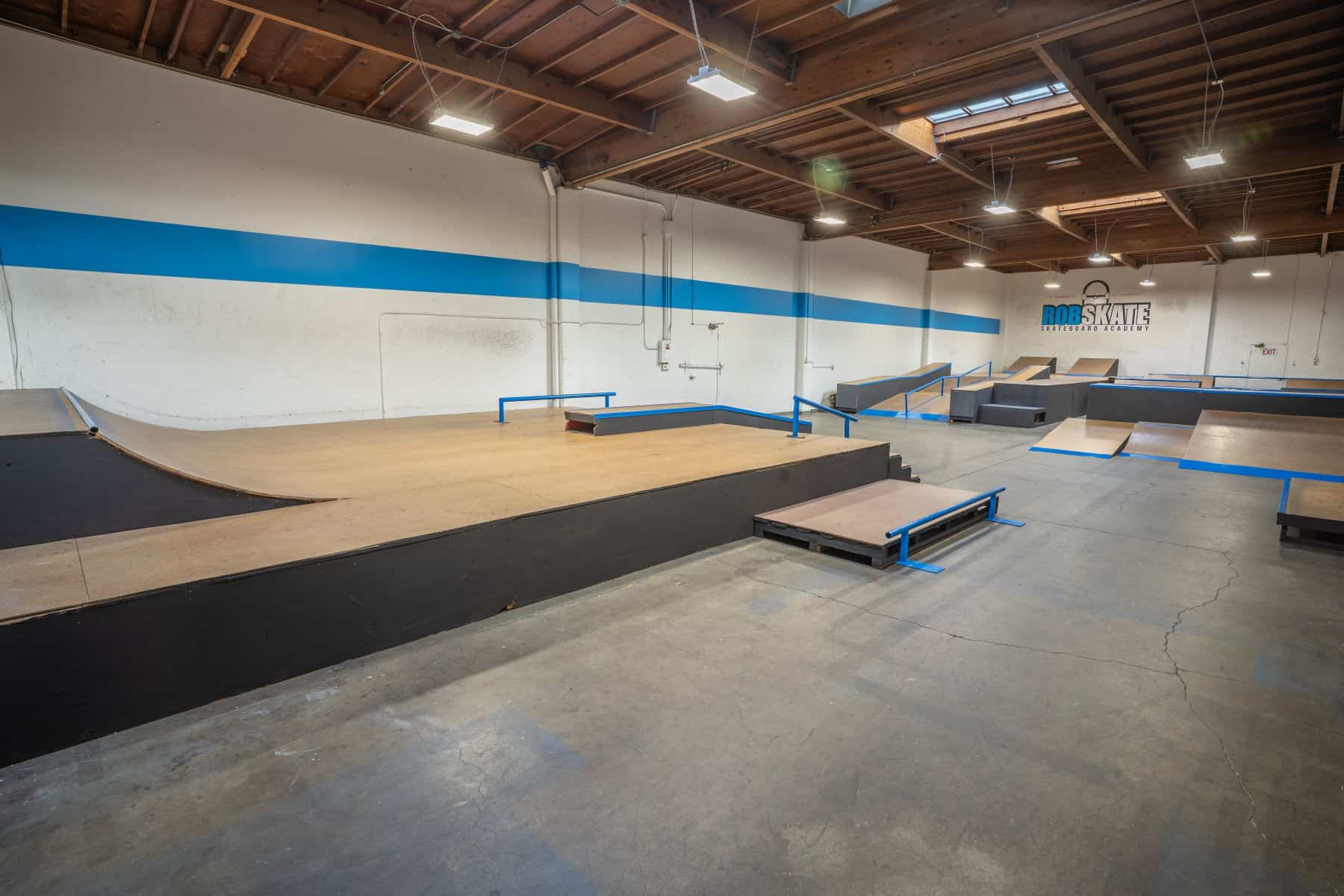 Rob Skate - San Leandro Private Skatepark 23